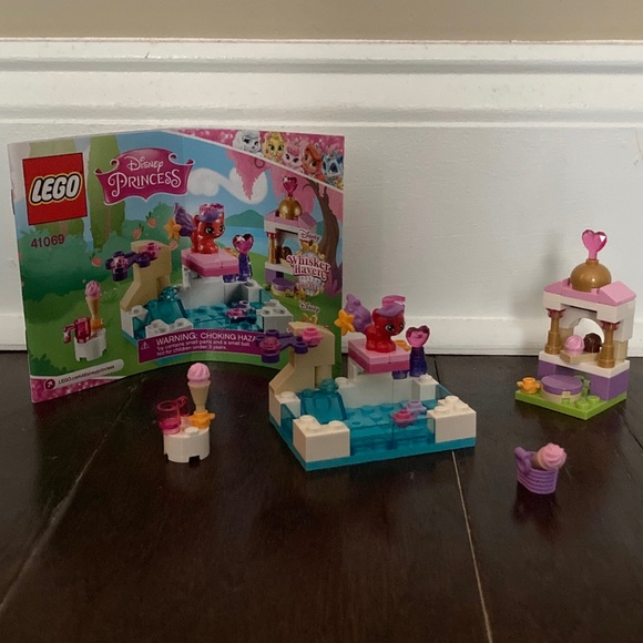 Lego Other - Lego Disney Princess Treasure's Day at the Pool